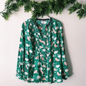 NWT Old Navy Floral Green Long Sleeve Blouse sz M